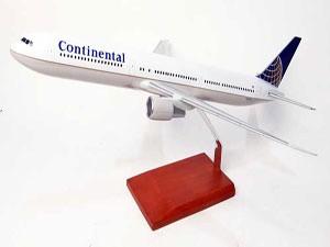 B-767_Continental_B767CATR